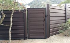 Trex Horizontal Fence and Gate - Vinyl Pro Fence
