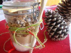 A economia cá de casa: Sugestão para os cabazes de Natal #3 - Mistura de Bolo No Frasco