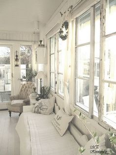 All Time Best Cool Ideas: Shabby Chic Living Room Rustic shabby chic white dreams.Shabby Chic Wall D Rustikalen Shabby Chic, Shabby Chic Living Room, Shabby Chic Homes, Shabby Chic Furniture, Sunroom Furniture, Cottage Furniture, Rustic Chic, Rustic Style, Shabby Chic Interiors