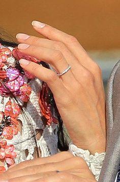 anillo de la mujer de  george clooney♥