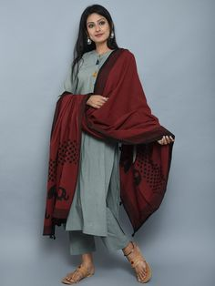 Olive Green Maroon Cotton Kurta and Pants with Block Printed Dupatta- Set of 3 Simple Kurta Designs, Kurta Designs Women, Salwar Designs, Kurti Designs Party Wear, Indian Attire, Indian Wear, Pakistani Outfits, Indian Outfits, Casual Indian Fashion