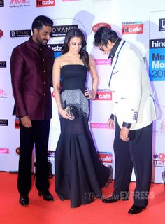Amitabh Bachchan, Abhishek Bachchan and Aishwarya Rai Bachchan at the HT Style Awards 2015.
