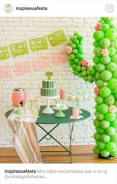 Cactus themed Cinco De Mayo party ideas Layer Cakelet) Happy Monday, and happy almost May! Anyone out there planning a kid-friendly Cinco de Mayo as part of this upcoming festivities? Carolina of Mint Event Design in Austin whipped up this sprin Llama Birthday, Birthday Kids, Cake Birthday, Birthday Brunch, Children Birthday Party Ideas, Kids Birthday Decorations, Balloon Birthday, Garden Birthday, Birthday Month