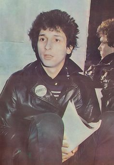 JohnnyThunders and Billy Rath, taken from a Record Mirror spread on 29 October 1977.
