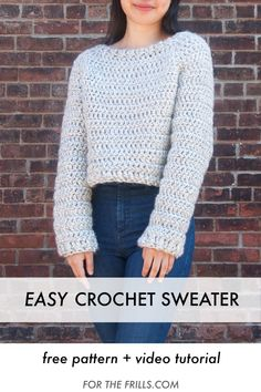The quickest crochet sweater you'll ever make! This chunky crochet jumper uses super bulky yarn that works up quickly and keeps you cosy during winter. The top down construction allows you to try on your sweater as you crochet. Crochet Video, Quick Crochet, Chunky Crochet, Free Crochet, Chunky Yarn, Chunky Cardigan, Tutorial Crochet, Cropped Sweater, Crochet Jumper Free Pattern
