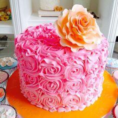 HBD @keylakb Primer pastel del 2014: Rose Cake #cake #sugarart #sugarflower #rose #pink #orange #birthday #cute #sweet www.delicatessepostres.com Rose Cake, Sugar Art, Sugar Flowers, Projects To Try, Birthday Cake, Sweet, Cute, Desserts, Pink