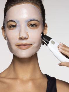 ageLOC Galvanic Spa Beauty Pack - Care - Skin care , beauty ideas and skin care tips Galvanic Facial, Ageloc Galvanic Spa, Nu Skin, Face Skin, Anti Aging Facial, Anti Aging Skin Care, Exfoliating Face Scrub, Anti Aging Night Cream, Serum