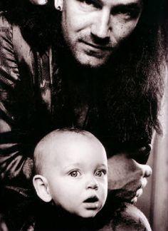 Bono with his daughter Jordan Hewson in 1989 - photo: Anton Corbijn