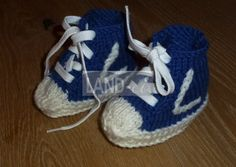 LAND-ei Baby-Sneakers MILO LORIS Baby Sneakers, Baby Steps, Clothes, Shoes, Fashion, Egg, Ideas, Baby Chucks, Tall Clothing