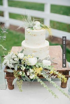 Wow - Hipster Shabby Chic Wedding | The Frosted Petticoat Blog | CHECK OUT MORE GREAT GREEN WEDDING IDEAS AT WEDDINGPINS.NET | #weddings #greenwedding #green #thecolorgreen #events #forweddings #ilovegreen #emerald #spring #bright #pure #love #romance