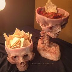 Human Skull Bowl (Food Safe) - Kitchen Accoutrements - Catacomb Culture Human Skull Bowl -Holds 16 fluid ounces -Sculpted from wet/dry food food grade mat - Goth Home Decor, Microwaves Uses, Fete Halloween, Human Skull, Gothic House, My New Room, Safe Food, Food Food, Clay Art