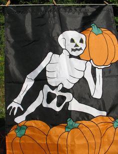 "Skeleton Pumpkins Halloween Decorative Black House Flag Nylon 28"" x 40"" Applique…"