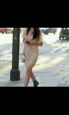 Pretty dress & DM's