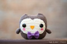 What a hoot! Make this cute crochet owl amigurumi with Vanna's Choice!
