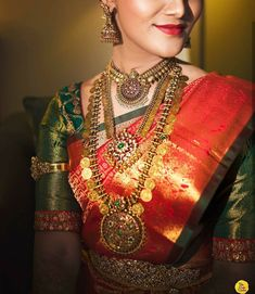 Fulfill a Wedding Tradition with Estate Bridal Jewelry Gold Temple Jewellery, Real Gold Jewelry, Silver Jewellery, Antique Jewellery Designs, Indian Jewellery Design, Jewelry Design, Vintage Jewellery, Handmade Jewellery, Jewelry Shop