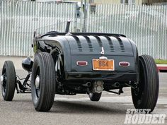 It's kinda hard to believe, but after a few searches I found no dedicated Model A Roadster thread. Any traditional style. Custom Trucks, Custom Cars, Live For Speed, Ford Roadster, Traditional Hot Rod, 32 Ford, Street Rods, Ford Models, Hot Cars