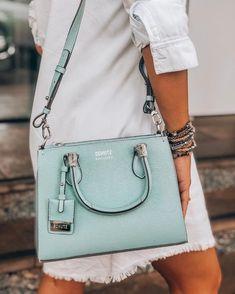 fall purses handbags – Purses And Handbags For Teens Fall Handbags, Dior Handbags, Fashion Handbags, Purses And Handbags, Luxury Handbags, Backpack Purse, Crossbody Bag, Looks Teen, Bag Quotes