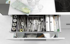 Organizacja szuflady - NOLTE wkład na szućce, przyprawy oraz folie