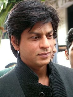 Is that staring off in space because your thinking of me? Bollywood Images, Bollywood Actors, Bollywood Celebrities, Shah Rukh Khan Quotes, Shah Rukh Khan Movies, Old Film Stars, Movie Stars, Shahrukh Khan And Kajol, Indian Star