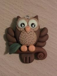 Nice owl Or White for a Harry Potter Owl.