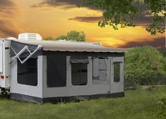 Do I want a dedicated screen room for the RV?