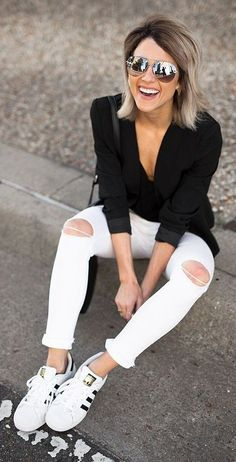Black And White Casual Sporty Outfit Idea