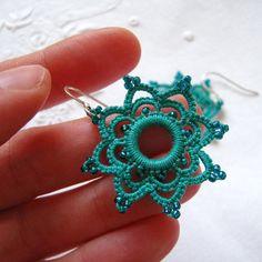 Crochet Jewelry Patterns, Crochet Earrings Pattern, Christmas Crochet Patterns, Bead Loom Patterns, Crochet Accessories, Hairpin Lace Crochet, Crochet Motif, Diy Crochet, Crochet Edgings