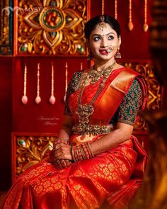Saree blouse plays an important role in the saree's overall appeal. No matter how beautiful a Bridal saree is, an … Indian Bridal Sarees, Bridal Silk Saree, Indian Bridal Fashion, Saree Wedding, Wedding Dresses, Wedding Bride, Wedding Saree Blouse Designs, Silk Saree Blouse Designs, Sari Bluse