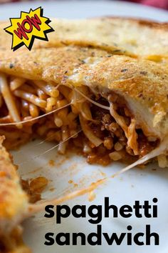 Have you heard of a Spaghetti Sandwich? This fun grilled cheese stuffed with spaghetti is a tasty way to double purpose those leftovers! Garlic Toast Recipe, Spaghetti Sandwich, Leftover Spaghetti, One Pot Meals, Easy Meals, Lazy Lasagna, Great Recipes, Favorite Recipes, Pasta Recipes