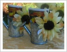 Sunflower bridal shower favors fun 70 ideas for 2019 Sunflower Wedding Favors, Sunflower Party, Sunflower Baby Showers, Sunflower Seeds, Sunflower Cookies, Sunflower Centerpieces, Baby Shower Gift Bags, Baby Shower Parties, Shower Gifts