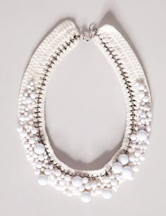 White bubbles necklace