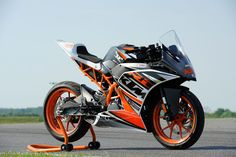 Ktm Rc, Bike Pic, Super Bikes, Motorbikes, Cars Motorcycles, Duke, Adventure Travel, Vehicles, Wedding
