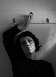 Diane Arbus - self portrait Photographer Self Portrait, Self Portrait Photography, Artistic Photography, Film Photography, Street Photography, Diane Arbus, Documentary Photographers, Famous Photographers, Black And White Photography