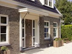 Classic house numansdorp classic houses of the wholesale house emmeloord c … - Eingang Porch Overhang, Door Canopy, Classic House, Entry Doors, Old Houses, Curb Appeal, My Dream Home, Beautiful Homes, Sweet Home