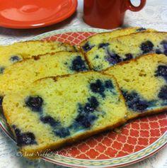 Aunt Nubby's Kitchen: Blueberry Tea Bread