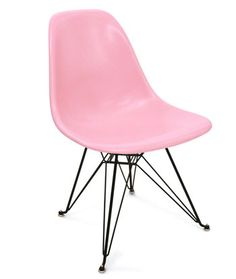 pink eames chair I want so bad for my kitchen table! Pink Love, Pale Pink, Pretty In Pink, Boys Nautical Bedroom, Eiffel Chair, Pink Furniture, Charles & Ray Eames, Everything Pink, Take A Seat