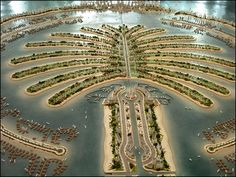 What should i look in Dubai. The most Dubai Sightseeing are the famous Burj al Arab Hotel, Madinat Jumeirah and Souq, the Sheikh Zayed Road with big Skyscrapers, Dubai Creek Dubai City, Palmeninsel Dubai, Dubai Mall, Dubai Skyscraper, Palm Island Dubai, Places To Travel, Places To See, Burj Al Arab, Dubai Travel