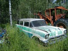 1957 Chevy nomad,  hell ya it should be in my garage!