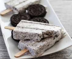 Cookies and Cream Ice Pops (Heavy Cream, Vanilla or Plain Greek Yogurt, Powdered Sugar & Crushed Oreos.) | Kirbie's Cravings | A San Diego food blog