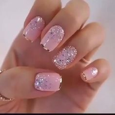 Uñas Rosas Decoradas Con Hermosos, Me Encantó! Uñas Rosas Decoradas Con Hermosos, Me Encantó! Cute Acrylic Nails, Glitter Nails, Cute Nails, Gel Nails, Shellac Nail Designs, Easy Nails, Toe Nail Designs, Nails Design, Fingernails Painted