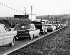 Traffic waits on 72nd Street for the lights to change at L Street. In November 1961, the Omaha City Council discussed a plan to make L and Q Streets one-way roads between 16th Street and 72nd Street to ease congestion on the route to the Omaha Stockyards. L Street would be for eastbound vehicles and Q Street for westbound. THE WORLD-HERALD