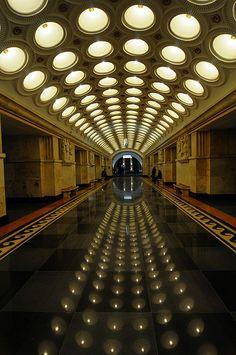 Le Metro de Moscu