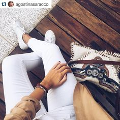 Fantástica foto de Agostina @agostinasaracco con uno de nuestros clutch ❣ www.bebohochic.com  #bebohochic #tendencias #fashion #moda #ootd #boho #bohochic #otoñoinvierno #fallwinter #inlove #xmas #regalosdenavidad #ideaspararegalar