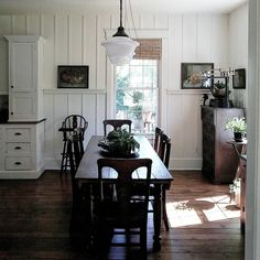 10 Vintage style kitchens and ORC update - 10 Vintage style kitchens and ORC update (Life In Our Old House) 10 Vintage style kitchens and ORC - Cottage Dining Rooms, Farmhouse Style Kitchen, Farmhouse Kitchens, Vintage Farmhouse, Country Farmhouse, Vintage Kitchen, Modern Farmhouse, Farmhouse Decor, Dining Room Design