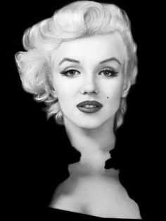 Marilyn Monroe photographed by Milton Greene, 1955 Marilyn Monroe Kunst, Marilyn Monroe Drawing, Marilyn Monroe Artwork, Marilyn Monroe Portrait, Marilyn Monroe Tattoo, Vintage Hollywood, Hollywood Glamour, Looks Black, Black And White