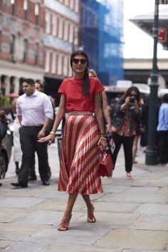 Stylizacje gości na New York Fashion Week wiosna-lato 2018