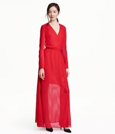 Ditch the skintight, bodycon dresses for this easy-going red chiffon dress that doesn't forfeit style or comfort.