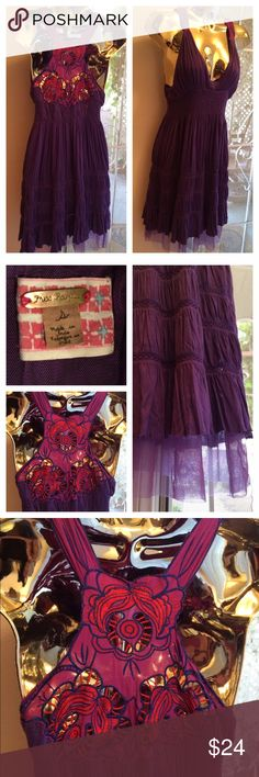 """Purple Free People Dress Purple Free People gypsy boho summer dress size: Small. Lined with purple tulle. Pretty Anna Sui style floral pattern on back. Approx. 39"""" long. 100% Viscose. No stains or spots. Thanks for looking! Free People Dresses Midi"""