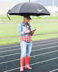 Rain, rain go away! Fun in my Happy Hunter red boots! ❤️❤️❤️ #hunterboots #rainyday #rainboots #boots
