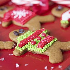 Ideas for hosting an Ugly Christmas Sweater party. Sometimes also called a Tacky Christmas Sweater party, this party is great fun and a perfect theme for any party taking place around the holiday season. Tacky Christmas Party, Tacky Christmas Sweater, Christmas Food Gifts, Cheap Christmas, Holiday Sweater, Holiday Fun, Holiday Ideas, Christmas Cooking, Christmas Things